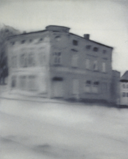 Gerhard Richter-Grey House